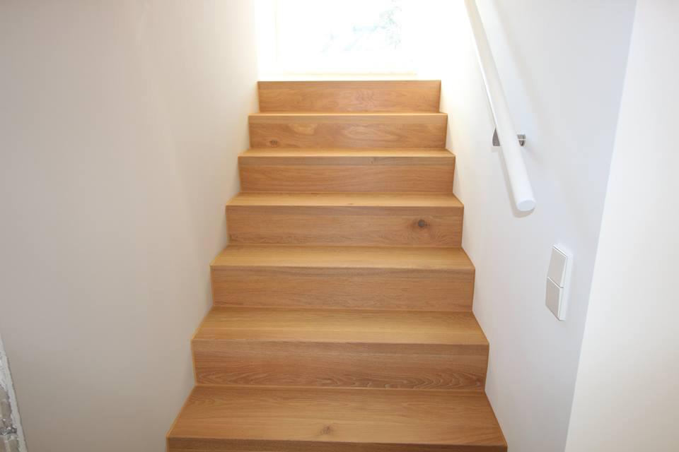 treppe mit parkett hagenlocher raumgestaltung. Black Bedroom Furniture Sets. Home Design Ideas